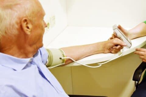 Blutdruck messen in der Apotheke